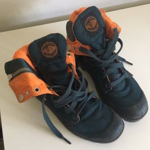 Palladium Baggy Boots teal and orange 5.5